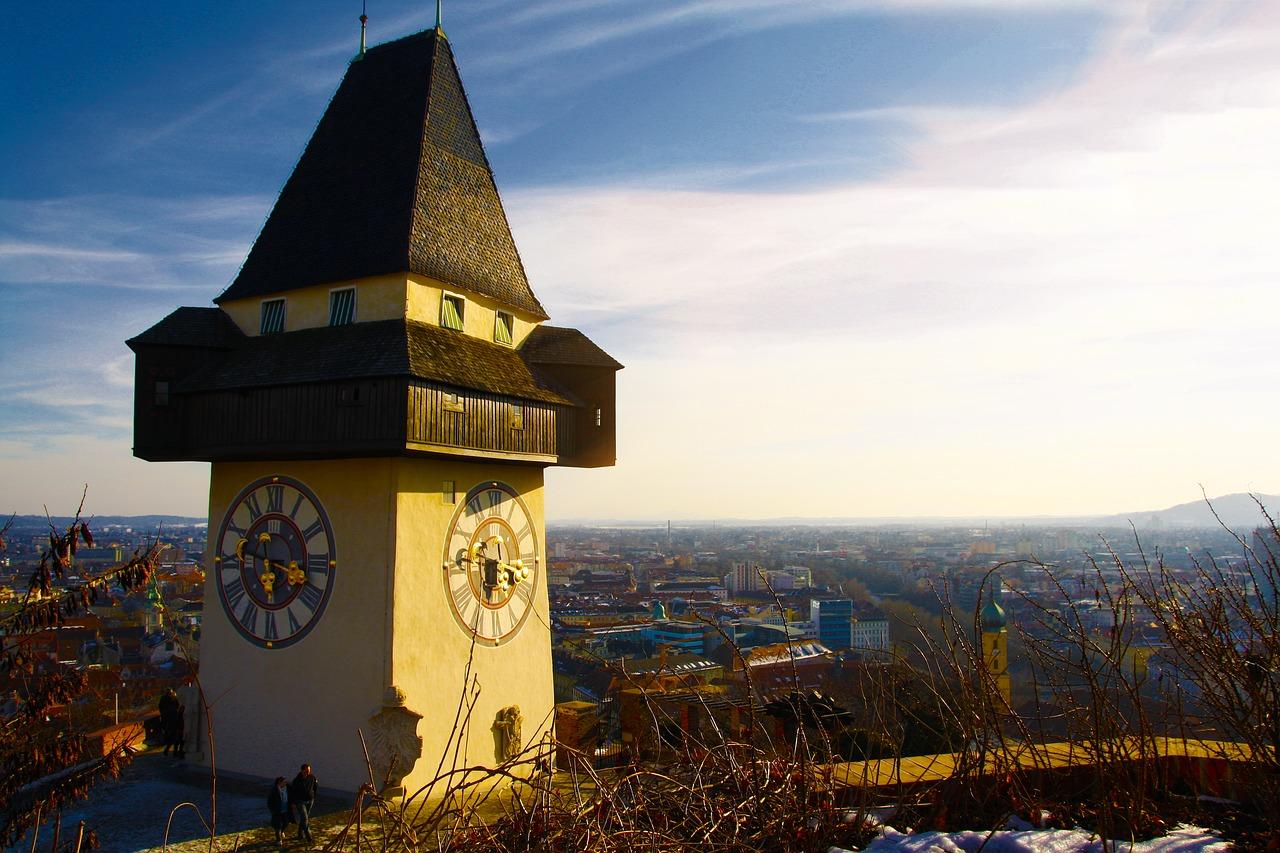 visit graz schlossberg uhrturm clock tower