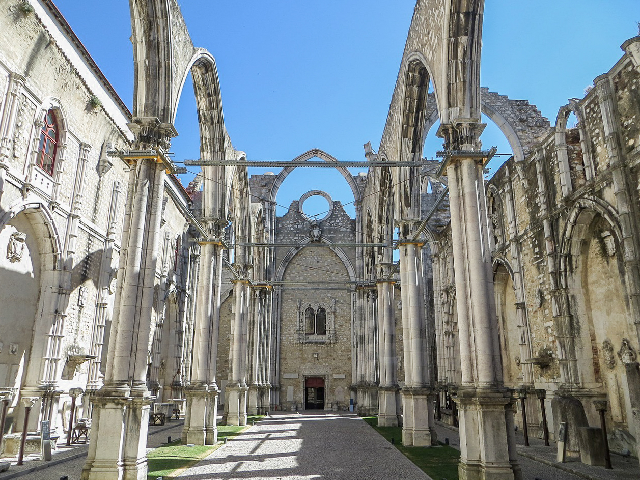 Carmo Convent is one of the best things to see in 3 days in Lisbon.
