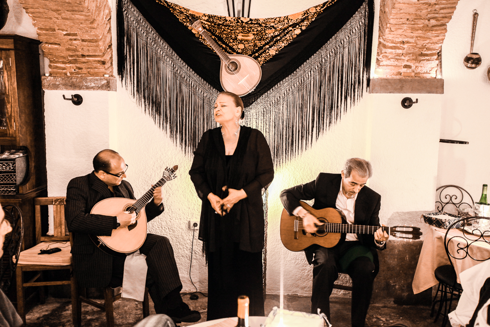 Cap off your 3 days in Lisbon with some traditional fado. C: amnat30 / Shutterstock.com