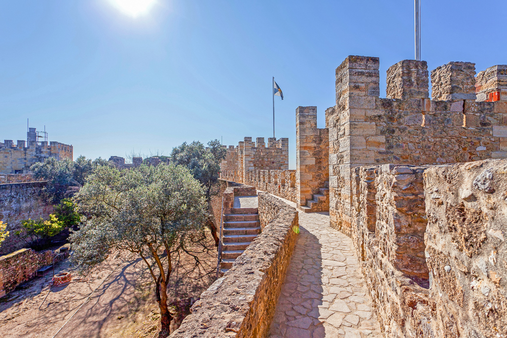 Nothing is more relaxing during your 3 days in Lisbon than a walk through the grounds of St. George Castle.