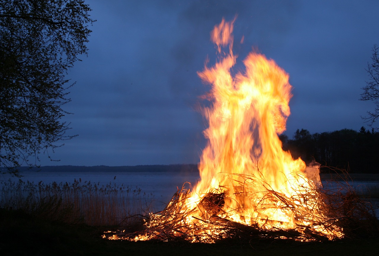easter in finland bonfires