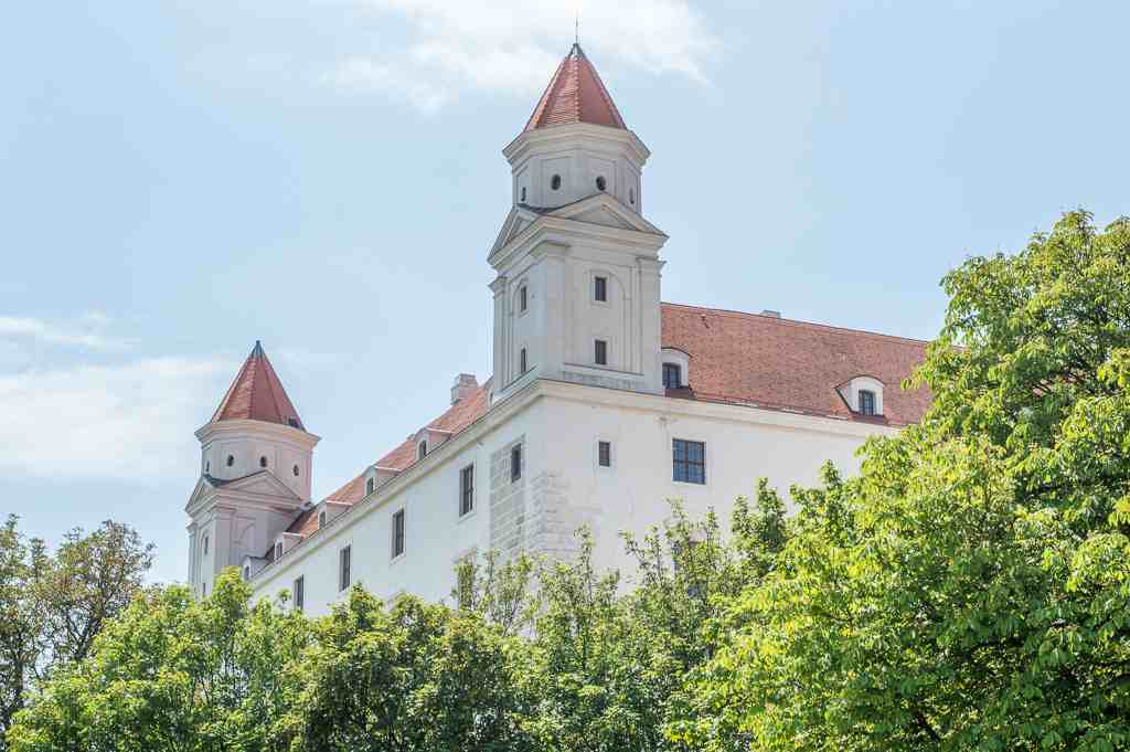 vienna to bratislava day trip what to see in bartislava castle