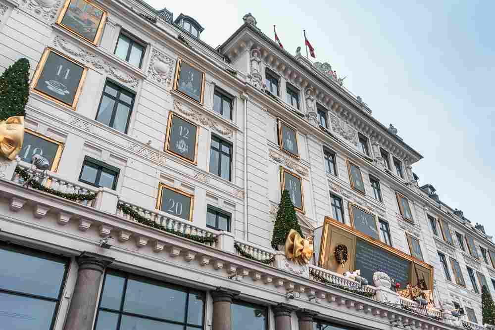 While you're out in Copenhagen during Christmas, make sure to admire these beautiful Christmas decorations at Hotel D'Angleterre on Kongens Nytorv.