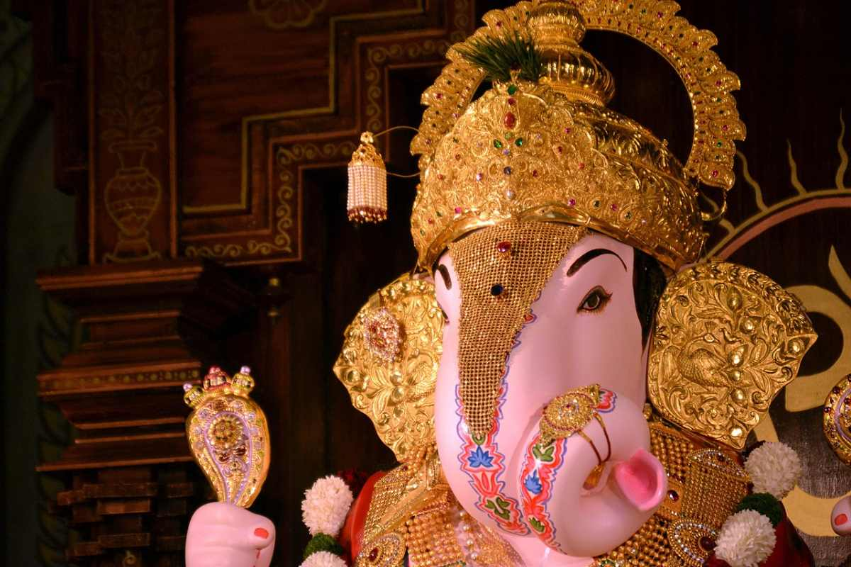 pune points of interest dagadusheth ganpati temple