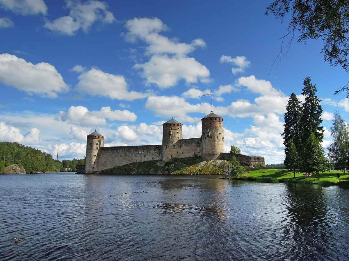 finland castles olavinlinna