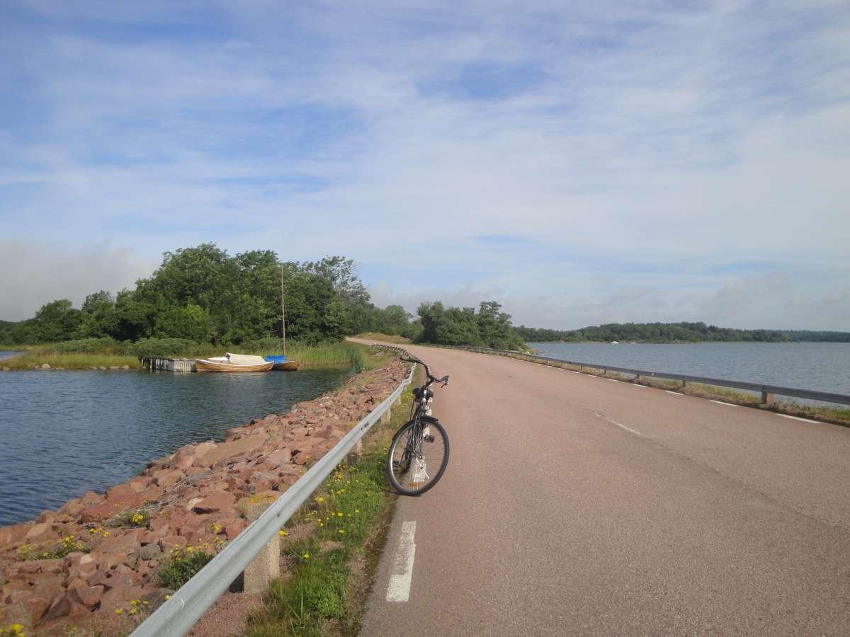 visit aland finnish archipelago cycling