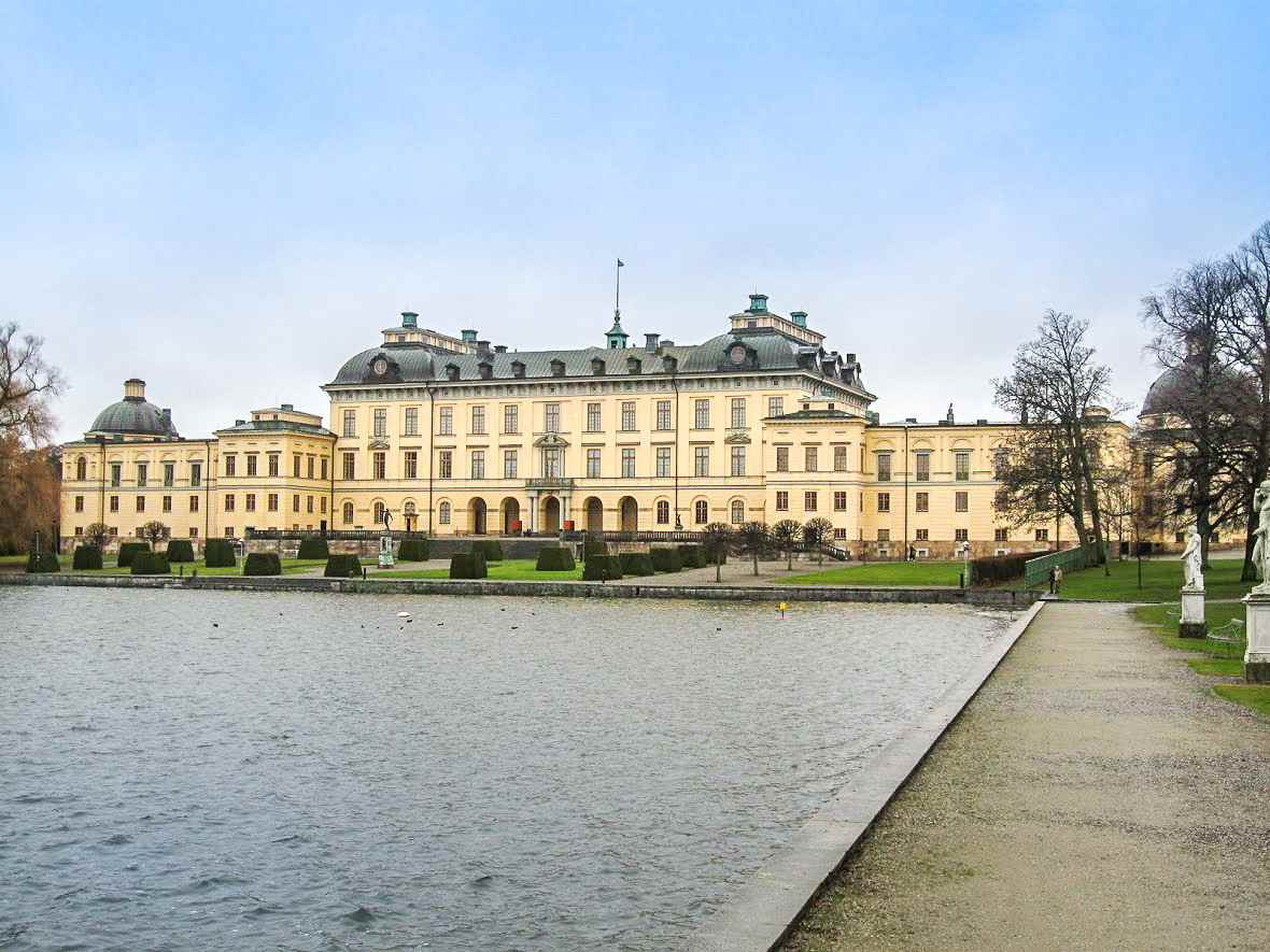 Day Trip from Stockholm: Drottningholm Palace from the front.