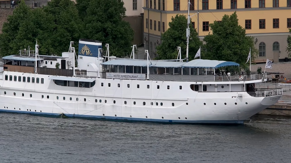 Where to stay in Stockholm: Mälardrottningen Yacht Hotel is docked at Riddarholmen.