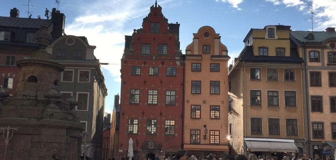 Long Weekend in Copenhagen: Colorful facades are the trademark of Stortorget in the Old Town of Stockholm.