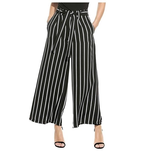 Palazzo pants are a lightweight alternative to jeans for your India packing list in summer.