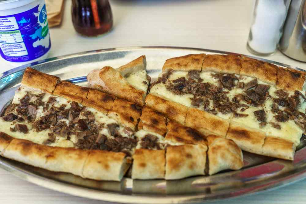 Who could resist a helping of this Istanbul streed food, pide?