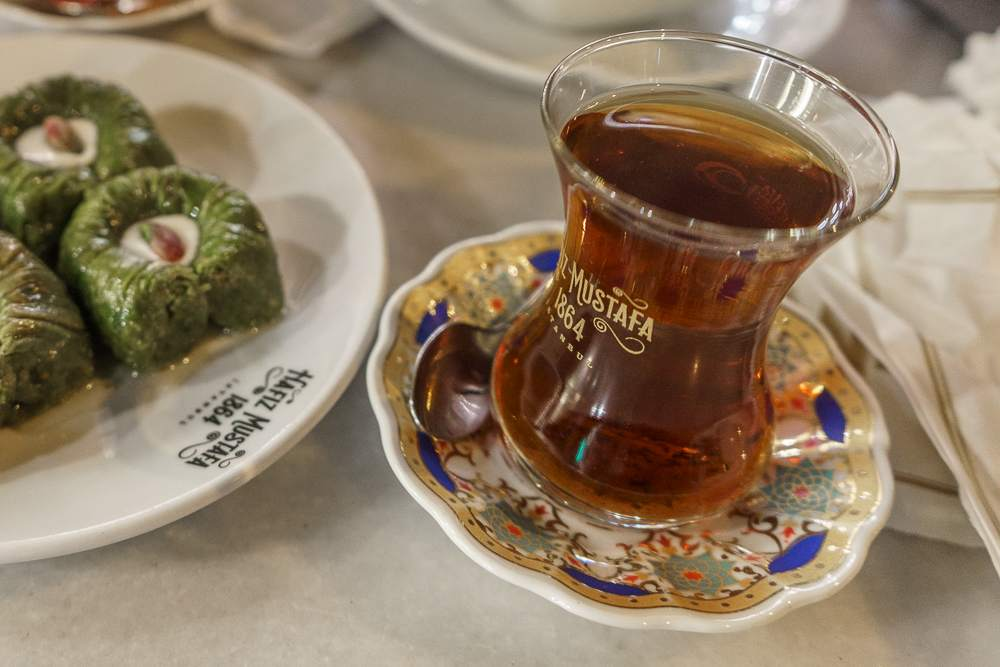 Cay is a quintessential Turkish drink and can be consumed throughout the day.