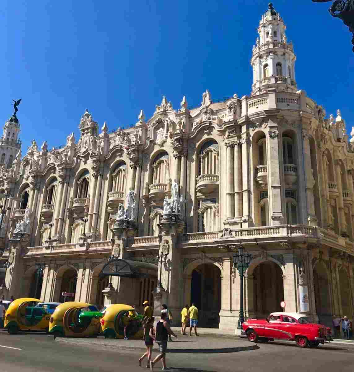 Spanish Colonial architecture can widely be found in Cuba, like here in the capital Havana.