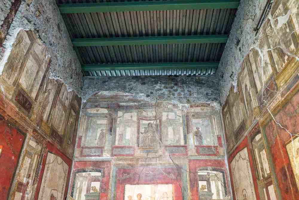 Don't miss out on the House of the Vettii on your Pompeii walking tour.