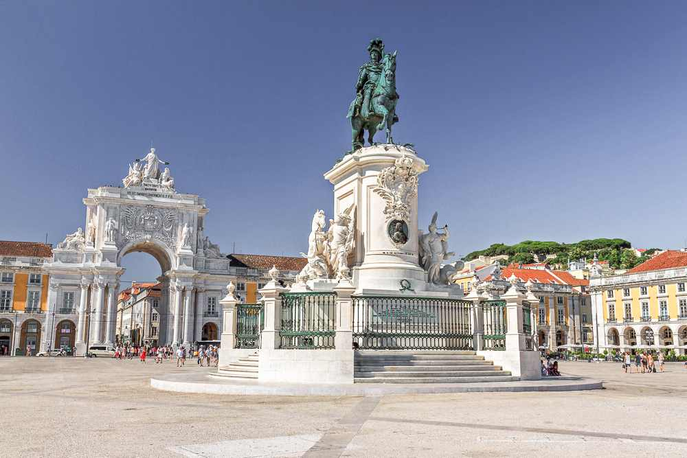 Commerce Square is only one of many stops during this 24 hours Lisbon itinerary.