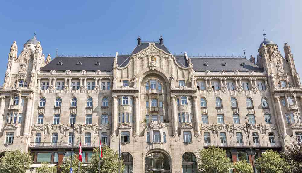 Don't forget to take a picture of the beautiful Art Nouveau style Gresham Palace over 2 days in Budapest.