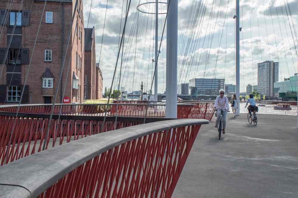 Die Zirkelbrücke ist eine einfache aber schöne Sehenswürdigkeit in Kopenhagen.