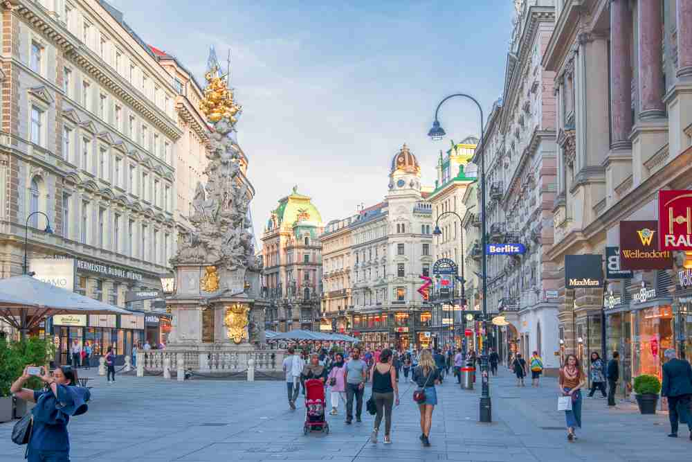The Plague Column is only one of many stops on this self-guided Vienna walking tour. C: Mistervlad / Shutterstock.com