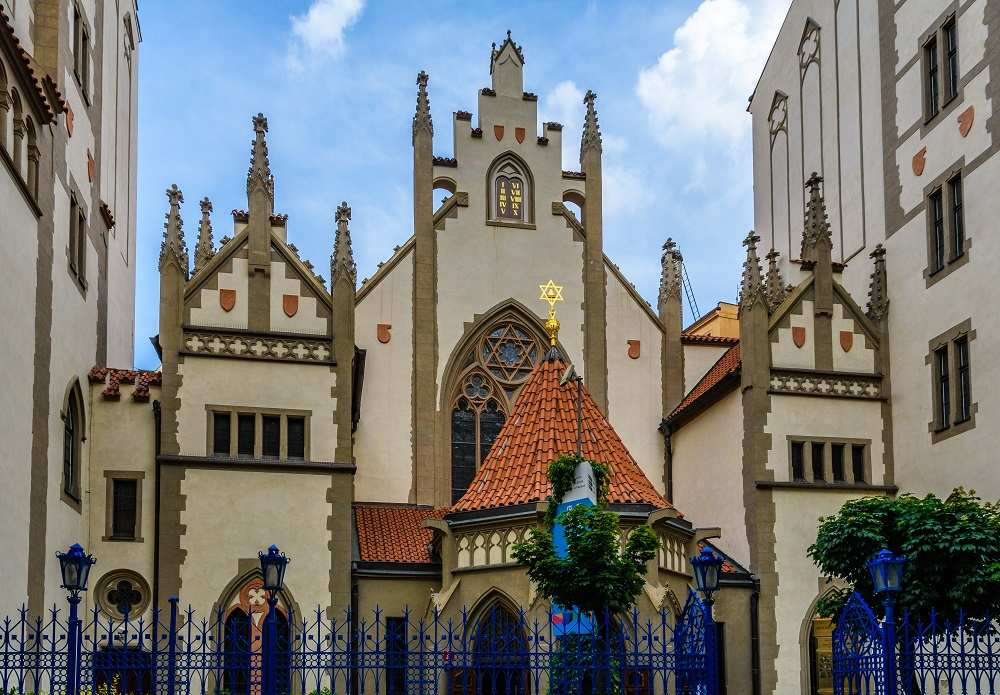 The Maisel Synagogue which is part of the Jewish Museum is one of the must-see attractions when spending 2 days in Prague.
