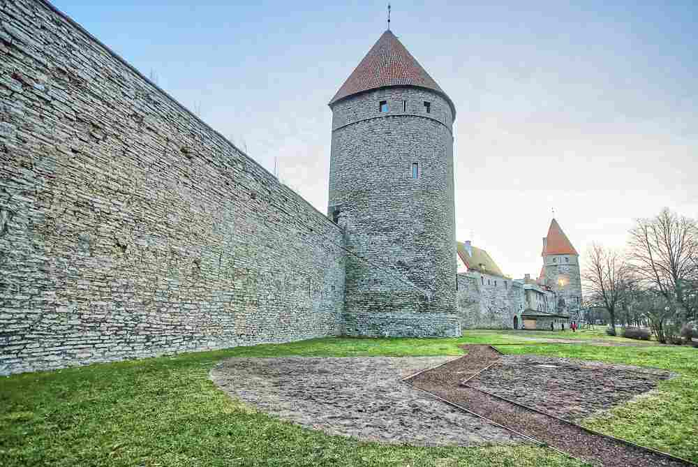 When sightseeing for one day in Tallinn, the City Walls are an unmissable sight