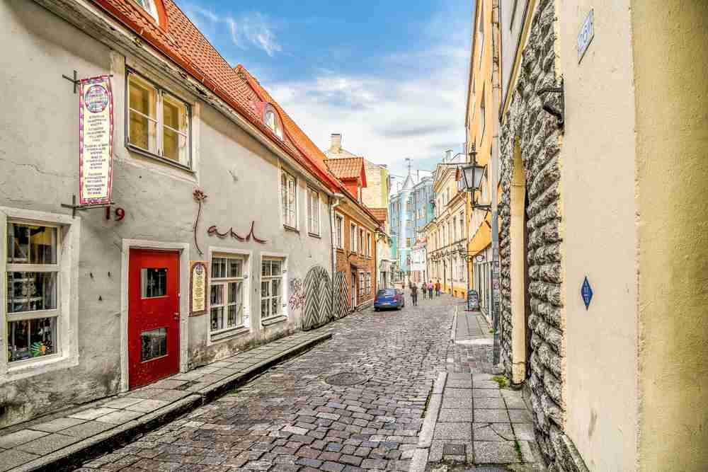 Wandering through the lovely cobblestone streets of the Old Town is one of the best things to do when spending one day in Tallinn. C: Kirk Fisher/shuttterstock.com
