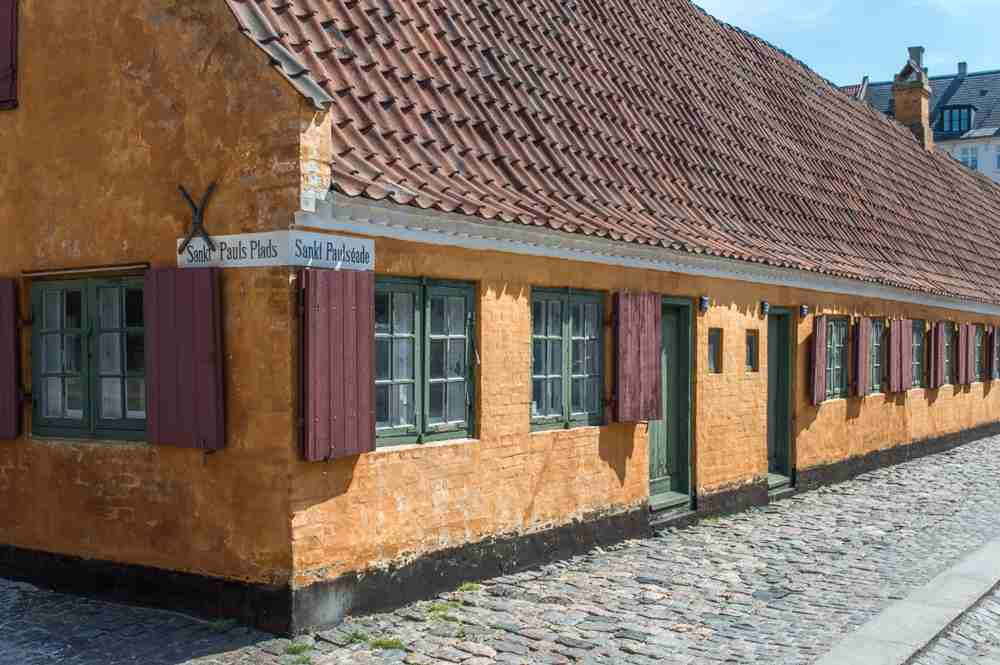 Nyboder are a hidden gem you can explore with this one day Copenhagen itinerary.