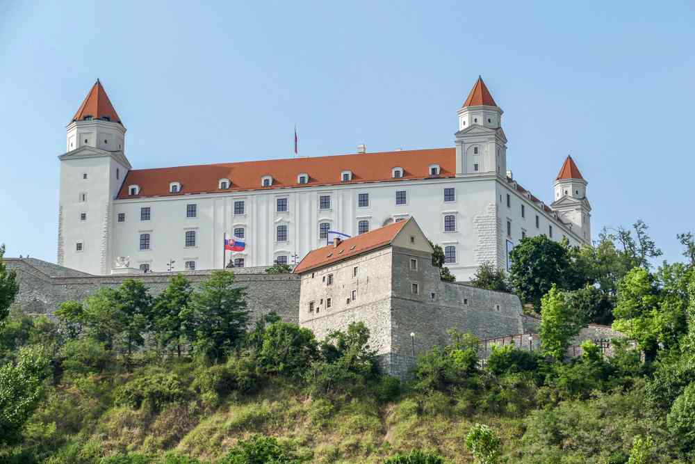 Vienna to Bratislava Day Trip: The whitewashed Bratislava Castle is one of the must-see attractions in Bratislava.