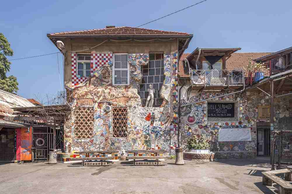 Things to do in Ljubljana: The alternative Metelkova Mesto is one of the must-see attractions when sightseeing in Ljubljana. C: Francesco Rioda/shutterstock.com
