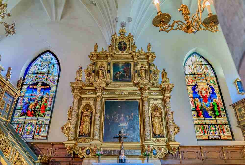 What to do in Stockholm: The majestic ornate Baroque and Renaissance interior of the German Church is one of the best things to see when spending 3 days in Stockholm. C: SvetlanaSF/shutterstock.com