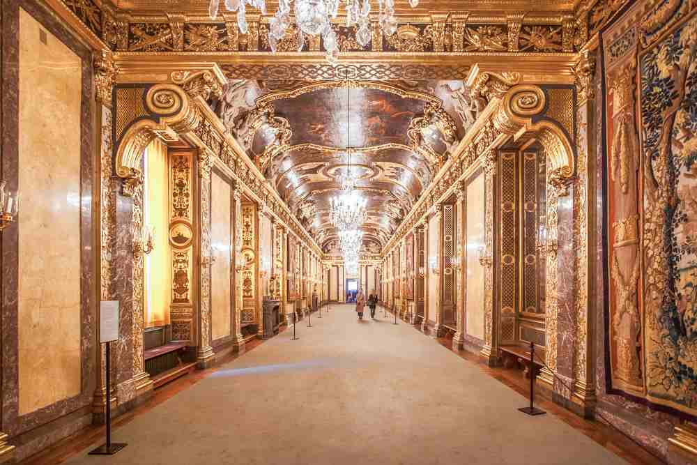 Best things to do in Stockholm: Karl XVI's Gallery at the Royal Palace is modeled after the Hall of Mirrors at Versailles and is one of the highlights of the Stockholm Royal Palace. C: Maurizio De Mattei/shutterstock.com