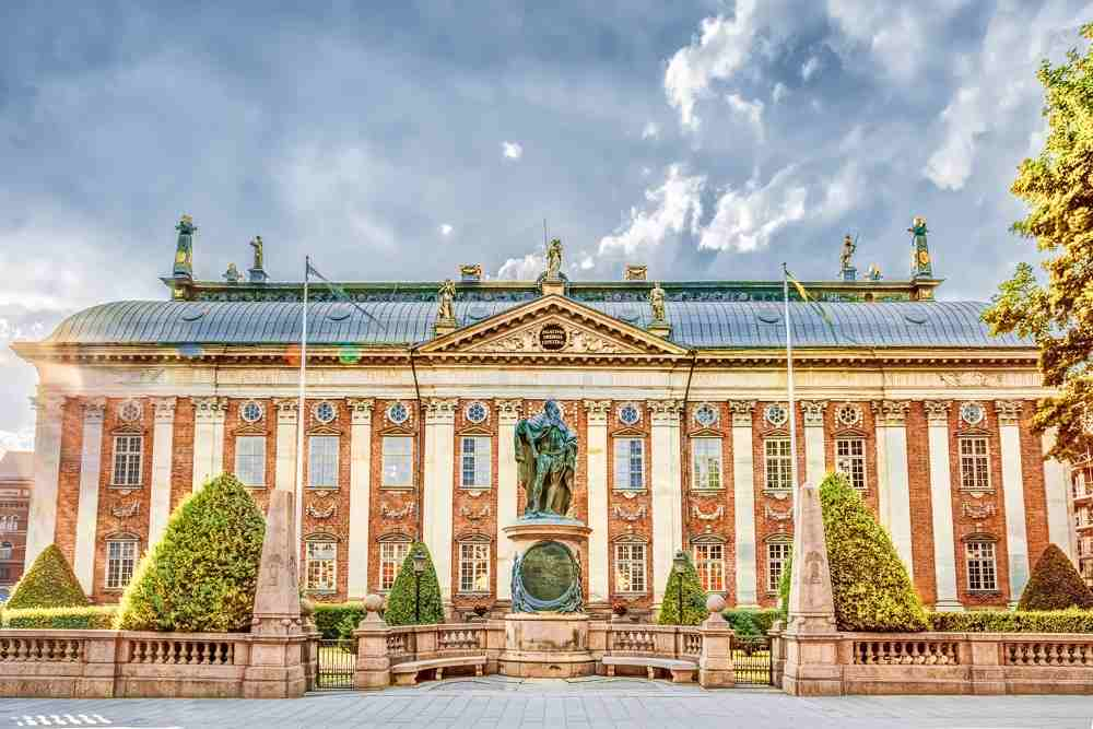 What to see in Stockholm: Exterior of the gorgeous Dutch Baroque style House of Nobility which is one of the must see attractions when spending one day in Stockholm.