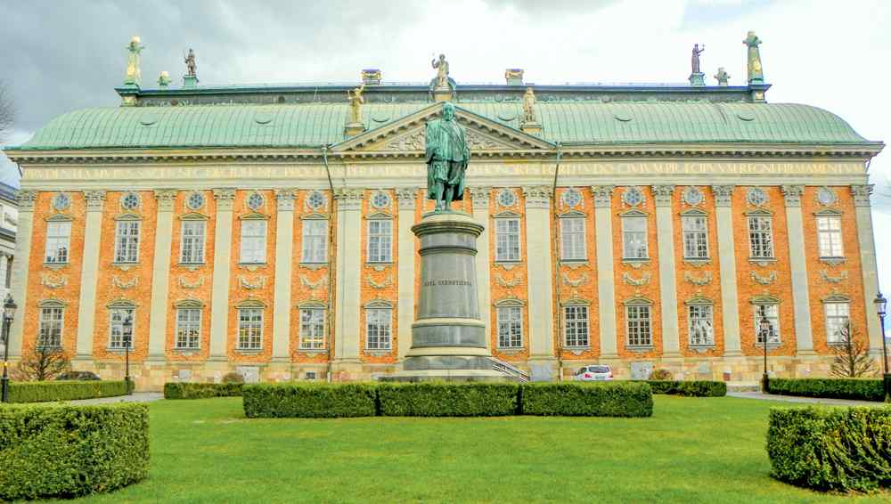 Must see attractions in Stockholm: The elegant facade of the 17th century Baroque style House of Nobility is one the most well-known landmarks in Stockholm.