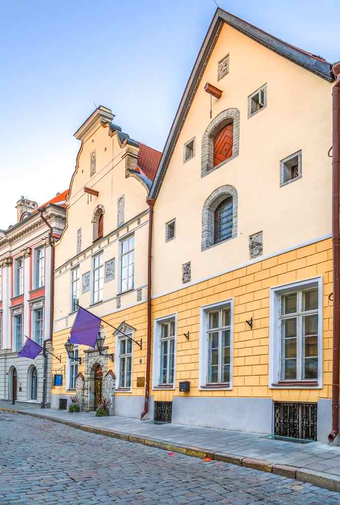 Tallinn sightseeing: The House of the Blackheads features a Renaissance facade and has an elaborate stone portal and ornately decorated door. It is one of the best things to see in Tallinn.