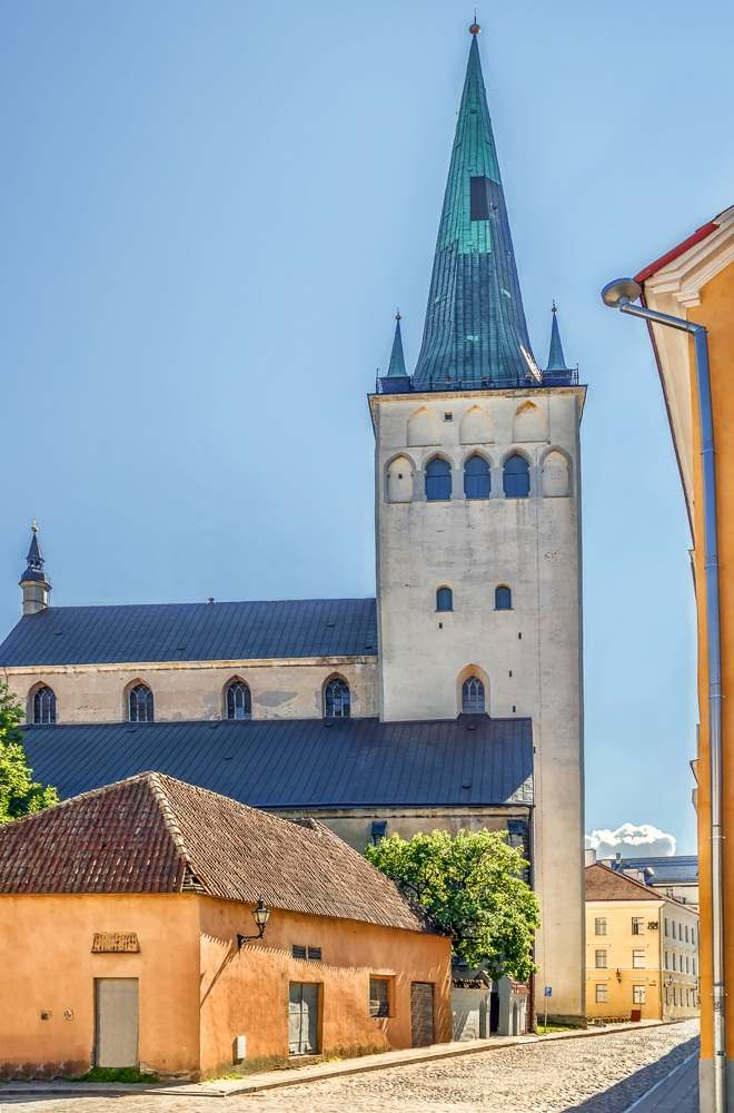Churches in Tallinn: The eye-catching 124-meter spire of the St. Olaf's Church is a major Tallinn landmark and one of the best things to see on a walking tour of Tallinn.