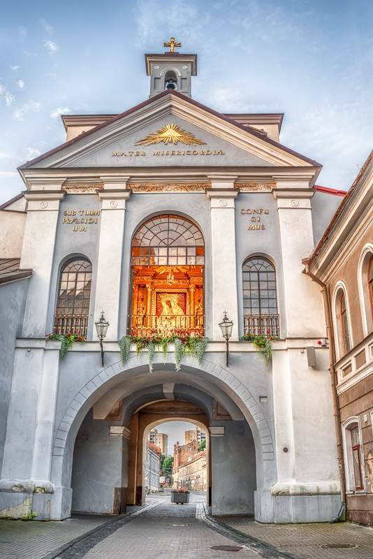 Best things to do in Vilnius: The venerable Gates of Dawn chapel is home to the most cherished of the city's many sacred images, The Madonna of Mercy. It is arguably the most popular sightseeing attraction in Vilnius.