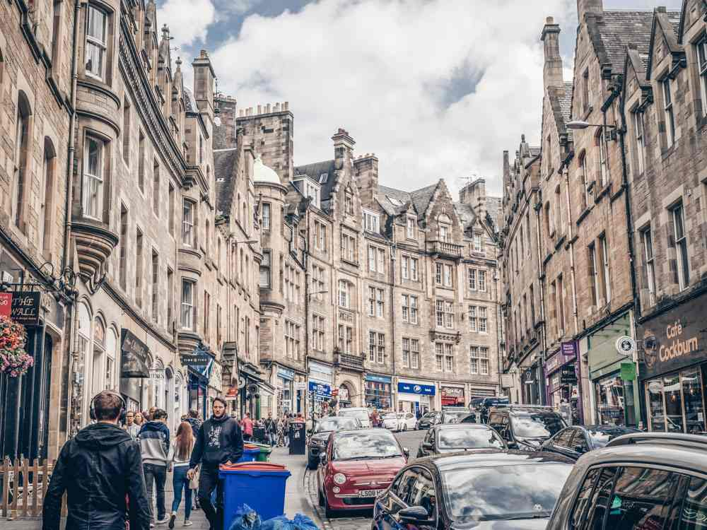 Edinburgh architecture: The wealth of Scottish Baronial architecture on Cockburn Street is one of the top things to see in Edinburgh. C: Jeff Whyte/shutterstock.com