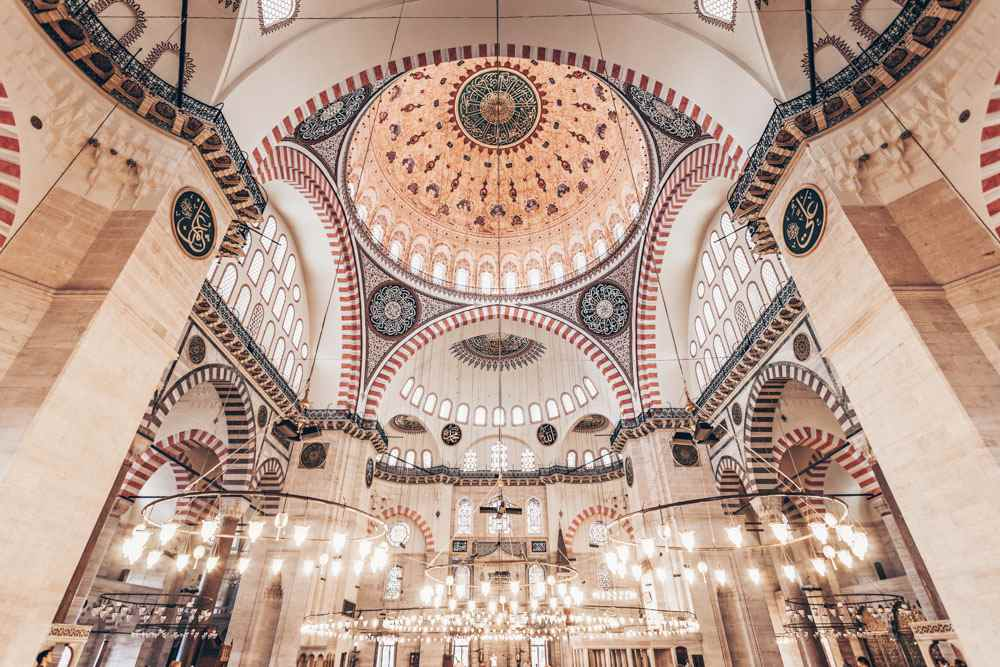 One Day in Istanbul - Interior of Süleymaniye Mosque decorated with white marble & Iznik tiles. PC: saiko3p/shutterstock.com