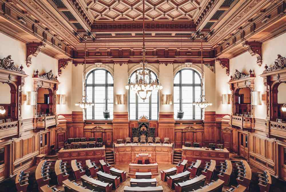 Weekend in Hamburg - The beautiful parliament chamber inside Hamburg City Hall (Rathaus).