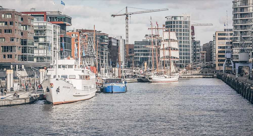 What to see in Hamburg - Sailing vessels and swanky residential buildings in HafenCity