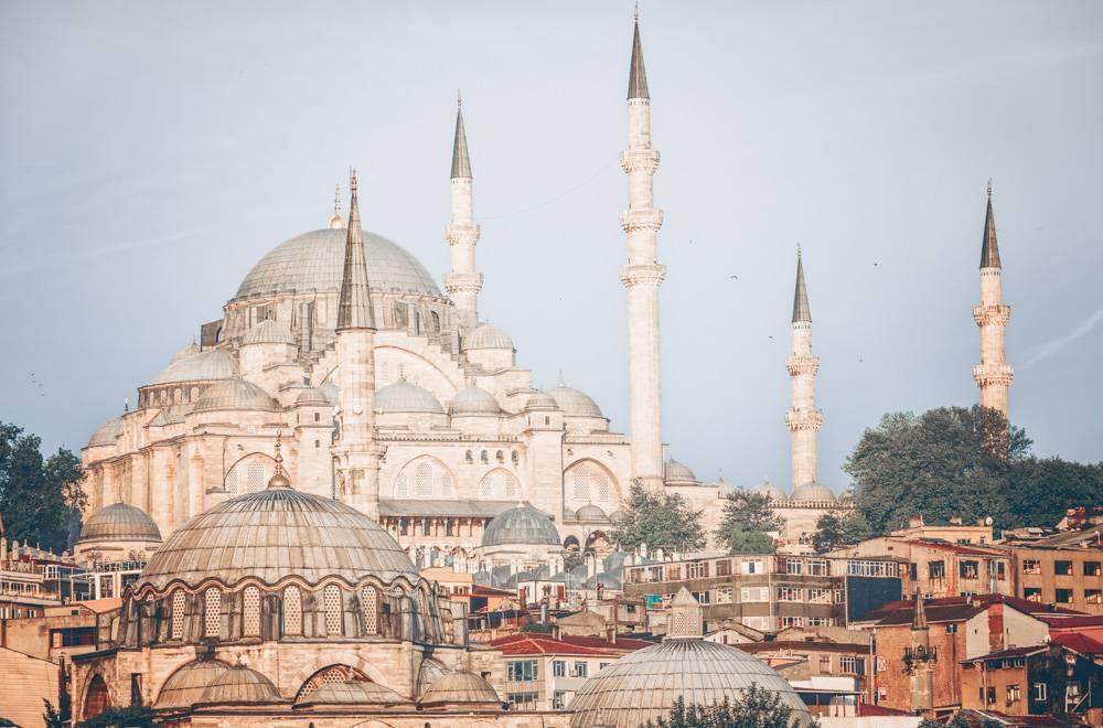 3 Days in Istanbul: Domes and minarets of the beautiful Süleymaniye Mosque.