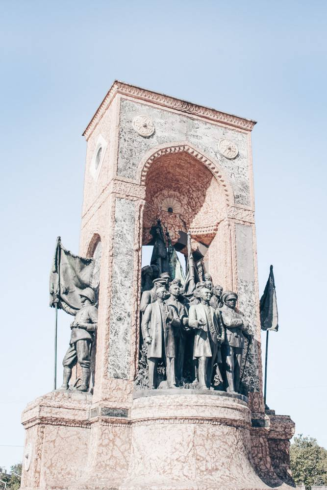 Istanbul Taksim Square: Monument of Independence, which shows Atatürk and founding fathers of Turkey