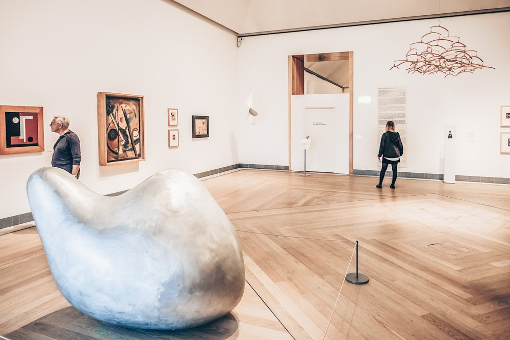 Stockholm museums: People admiring modern artworks at the Museum of Modern Art. PC: Kiev.Victor/shutterstock.com