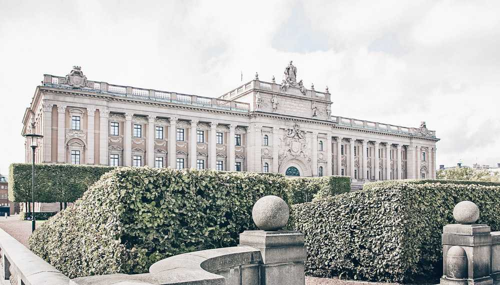 Things to see in Stockholm: Elegant Neo-Baroque facade of the Swedish Parliament building