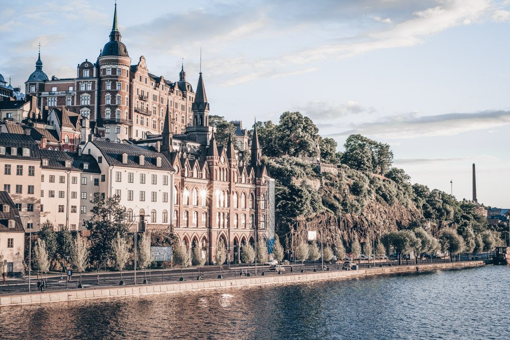 Stockholm neighborhoods: The craggy cliffs, turrets and towers of Södermalm