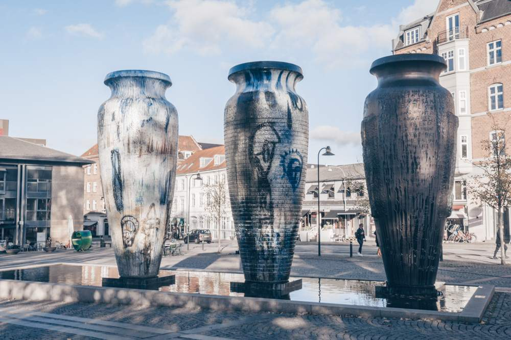 Day Trips from Copenhagen: 3 huge jars in the center of Roskilde