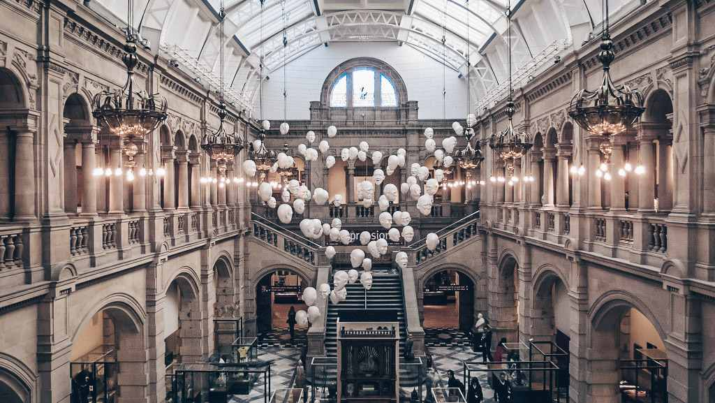 Glasgow Kelvingrove Art Gallery (C: Ed Webster, CC 2.0)