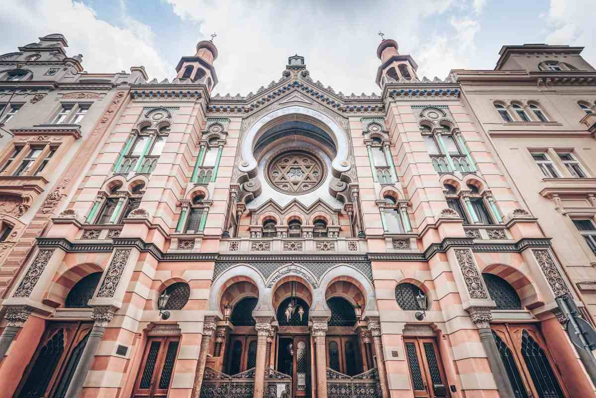 Places to see in Prague: The moorish influenced exterior of the Jubilee Synagogue