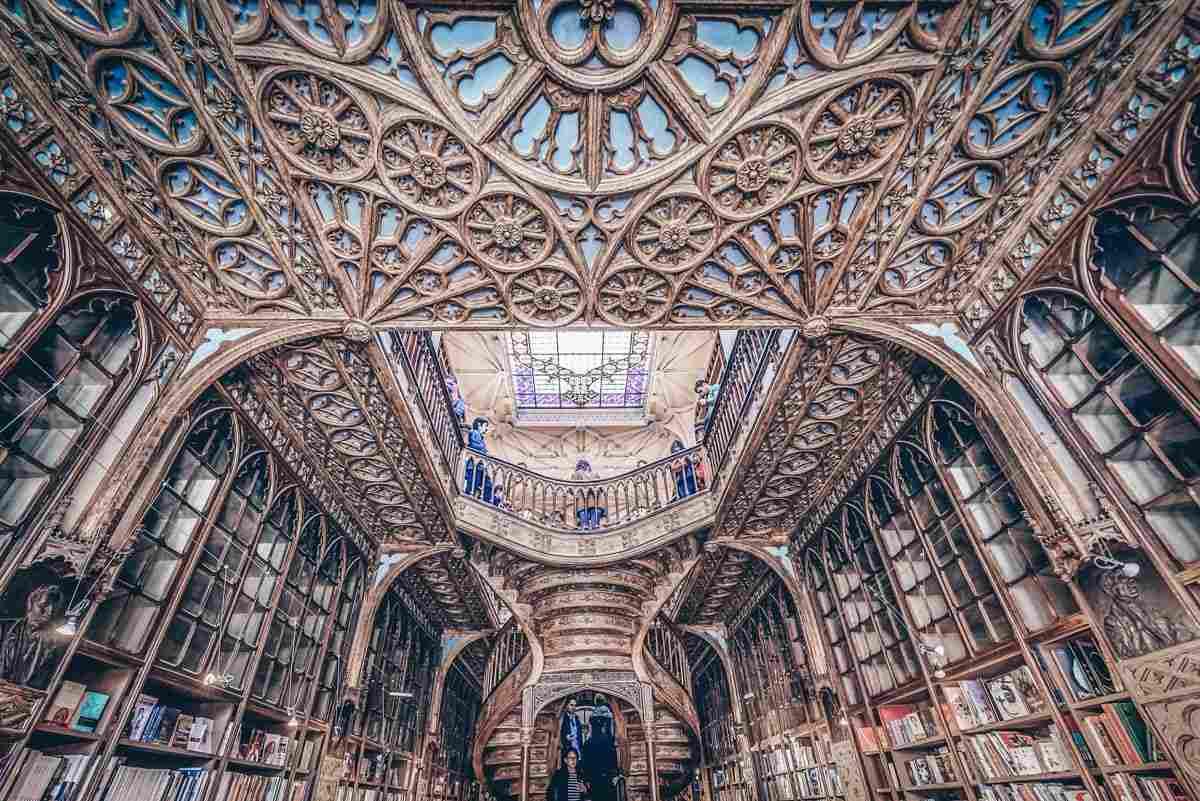 Porto Livraria Lello: Gorgeous Art Nouveau interior and twisting staircase. PC: Fotokon/shutterstock.com