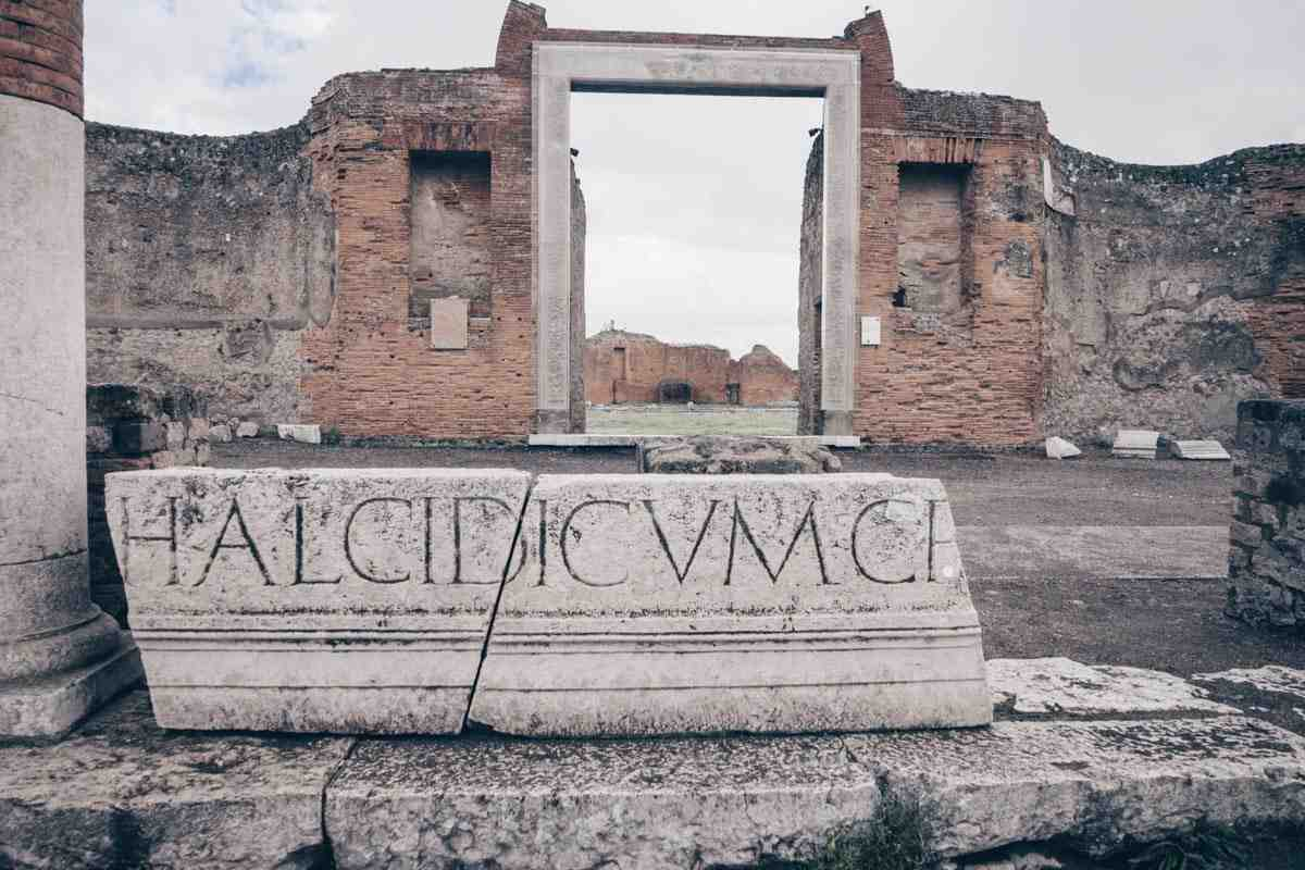 Pompeii Guided Tour: The well-preserved ruins of Pompeii Archaeological Park