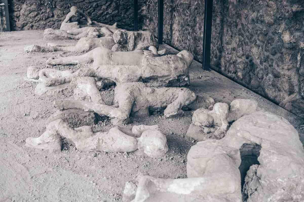 Pompeii Garden of the Fugitives: Bodies of victims cast in plaster. PC: Giannis Papanikos/shutterstock.com